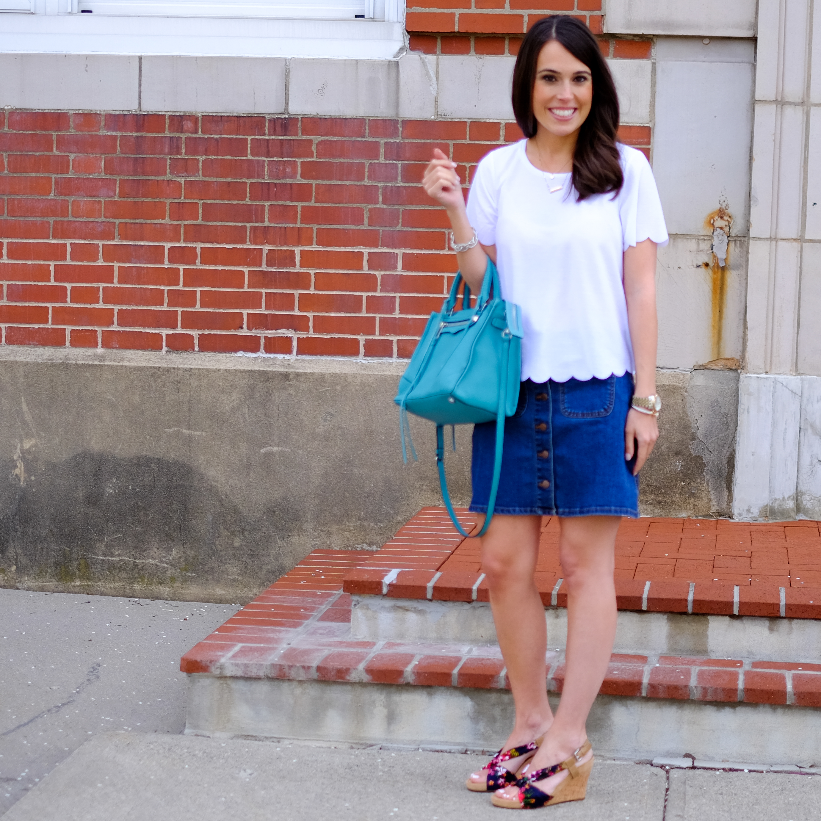 must have scallop tee mrscasual fashion blog