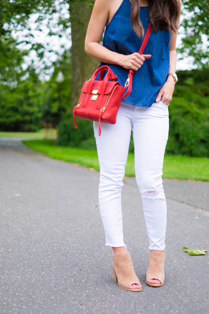 white skinny jeans outfit