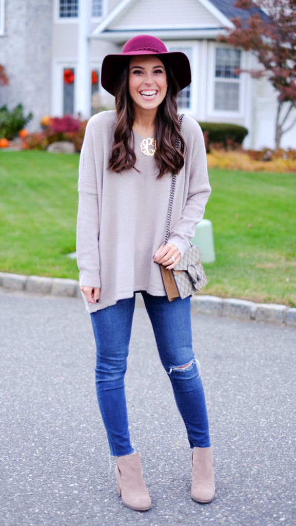 floppy-hat-fall-outfit