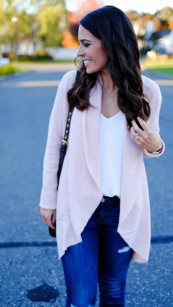 pink-cardigan-winter-outfit
