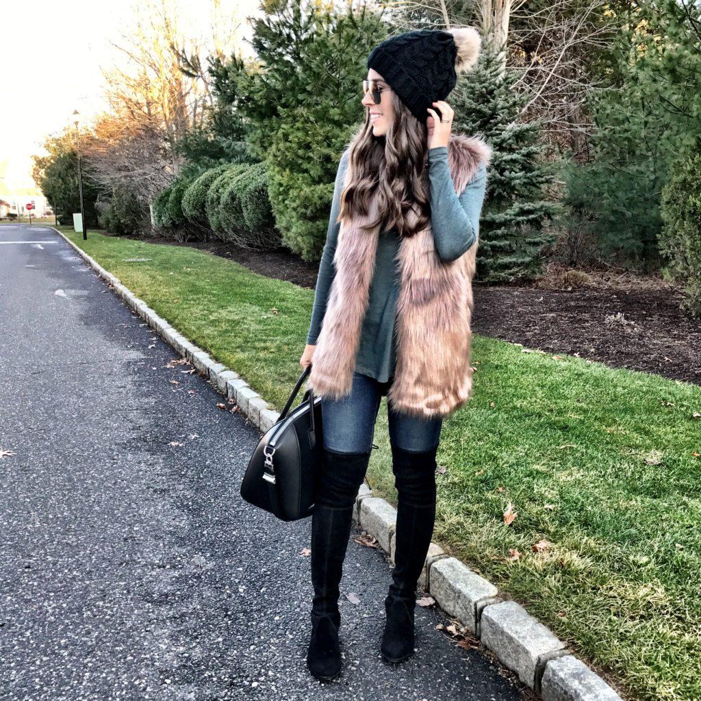 casual faux fur vest outfit