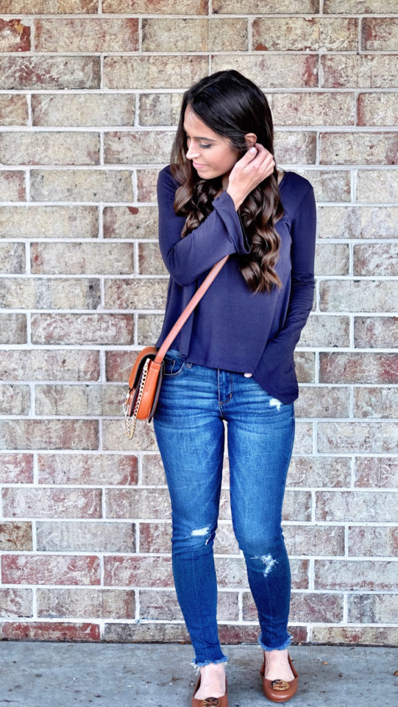 casual navy and cognac outfit idea