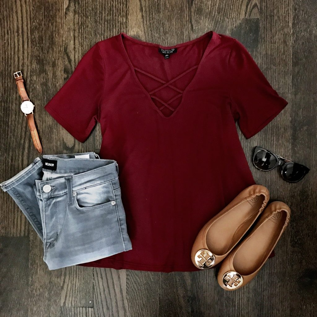 gray jeans outfit idea brown flats