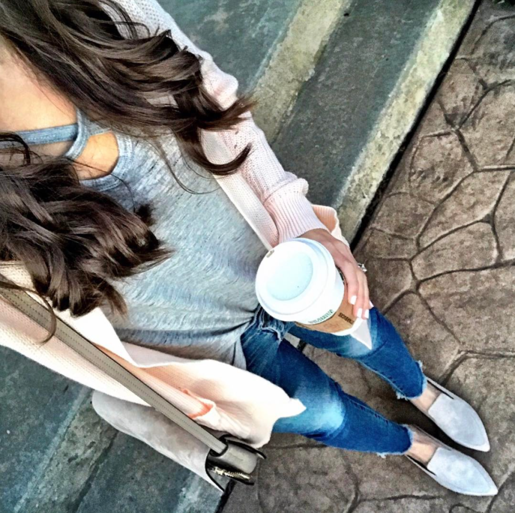 Blush pink cardigan casual outfit idea