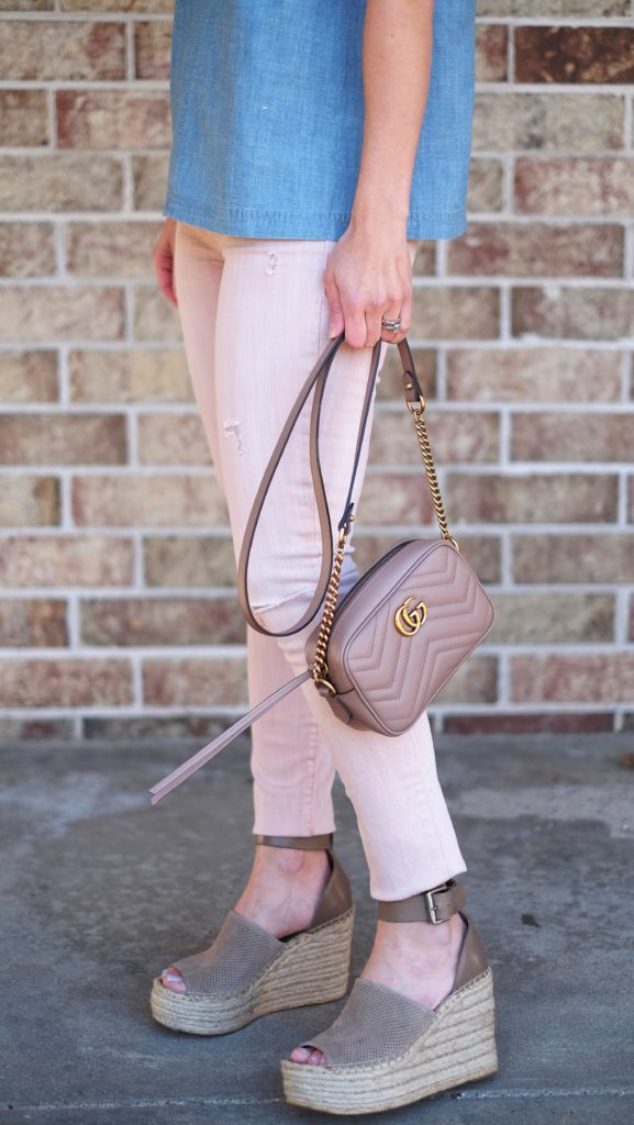 Blush pink skinny jeans and marc fisher espadrilles