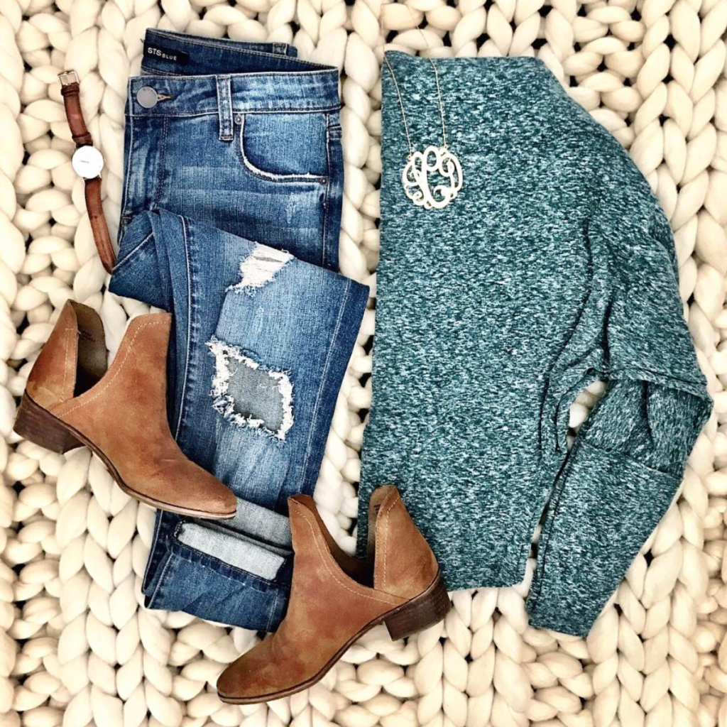 free people off the shoulder sweatshirt outfit