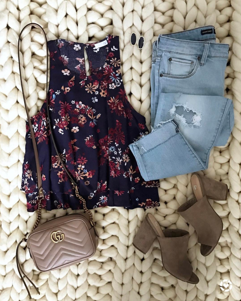 floral tank and boyfriend jeans outfit