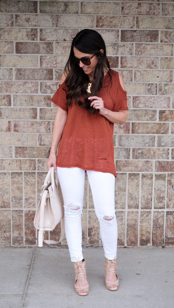 white jeans and neutral wedges outfit