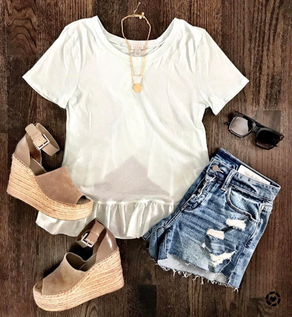 cut off shorts and wedges outfit