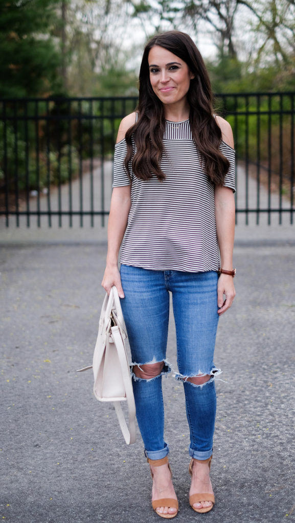 ripped jeans casual outfit
