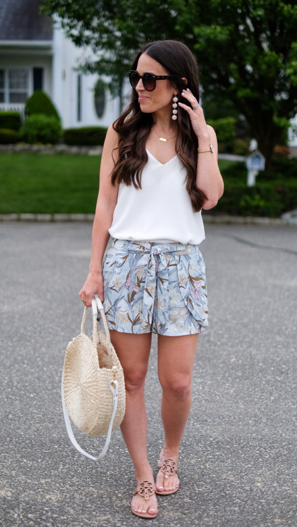 dressed up shorts outfit