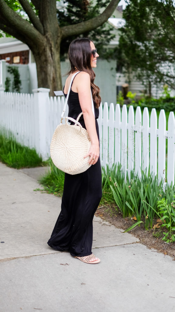straw tote outfit