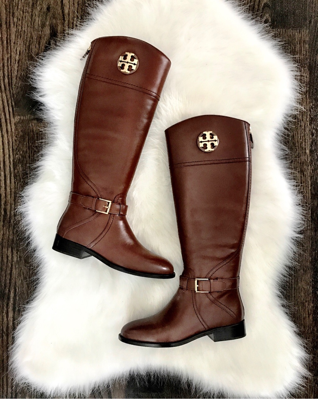 Free shipping on Tory Burch shoes for women at ticketfinder.ga Browse for boots, pumps, flats, sandals and more, plus check out customer reviews.